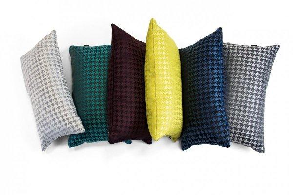 Poduszki dekoracyjne w pepitkę