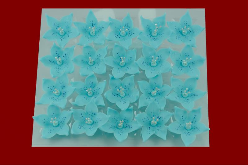 Lilijka niebieska - dekoracja cukrowa 20 szt.