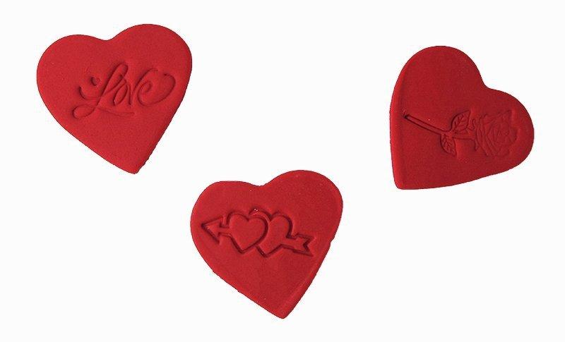 Dekoracja na tort cukrowe serca LOVE 3szt