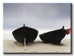 Obraz na płótnie - Łodzie na plaży - 120x90 cm