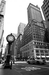 Fototapeta do salonu - New York, zegar - 115x175 cm