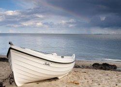 Fototapeta - Biała łódź - 254x183 cm