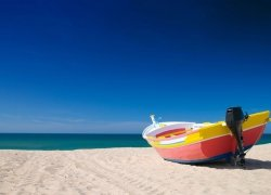 Fototapeta na ścianę - Kolorowa łódź - 254x183 cm