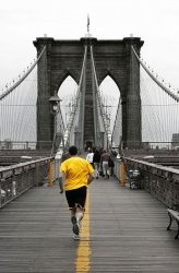Fototapeta na ścianę - Yellow on Brooklyn Bridge - 115x175 cm