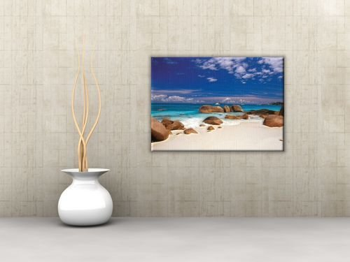 Obraz do salonu - Seszele, kamienie na plaży - 120x90 cm