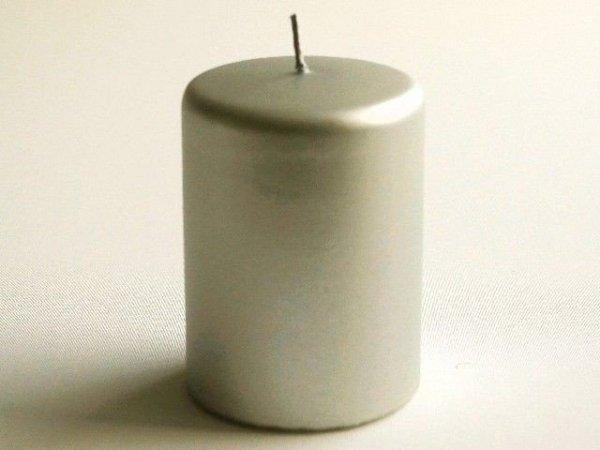 Świeca ozdobna - Srebrna Walec - 7x10cm