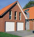Brama uchylna N 80, 2250 x 2075, Wzór 902 z drzwiami, kolor do wyboru
