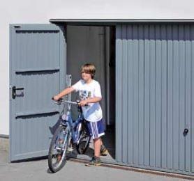 Brama uchylna N 80, 2500 x 2500, Wzór 902 z drzwiami, kolor do wyboru