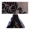 Lampa stołowa w kolorze szaro-czarnym. Klosz wykonany jest z mocnego materiału a podstawa z eleganckiej ciemnej ceramiki. Rozmiar: 50 x 20 x 50cm. Oprawka: E27 (standardowa żarówka). Napięcie robocze: 230V.