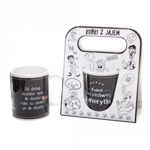 Kubek ceramiczny z napisem 'Kubek szczęśliwej emerytki ' kolor czarny ,w ozdobnym białym opakowaniu